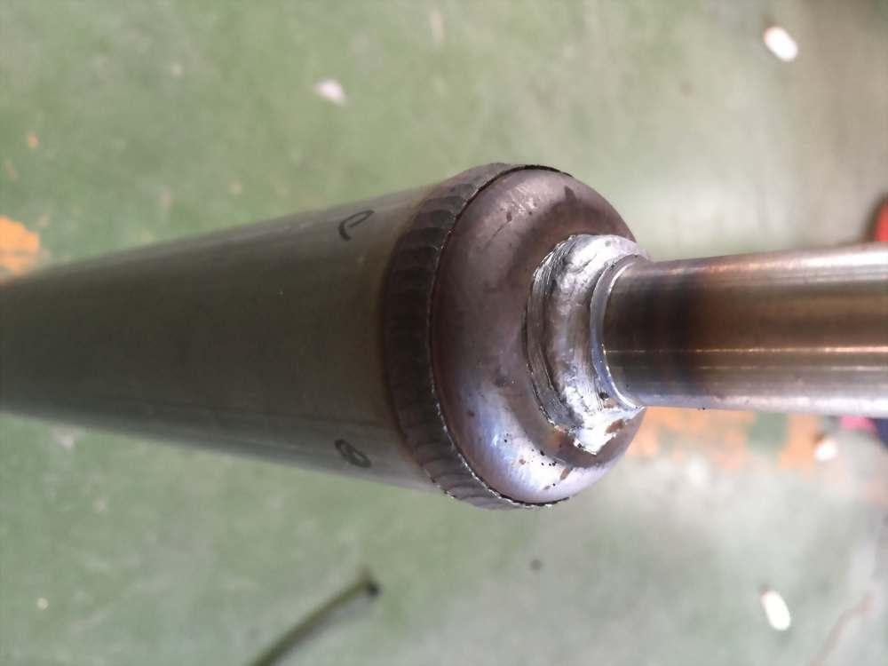 co2焊槍旋轉式(焊壁震器)