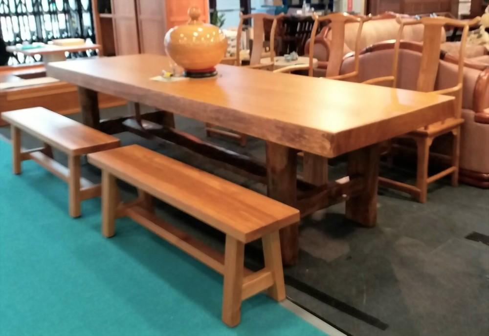 檜木大桌搭樟木腳座