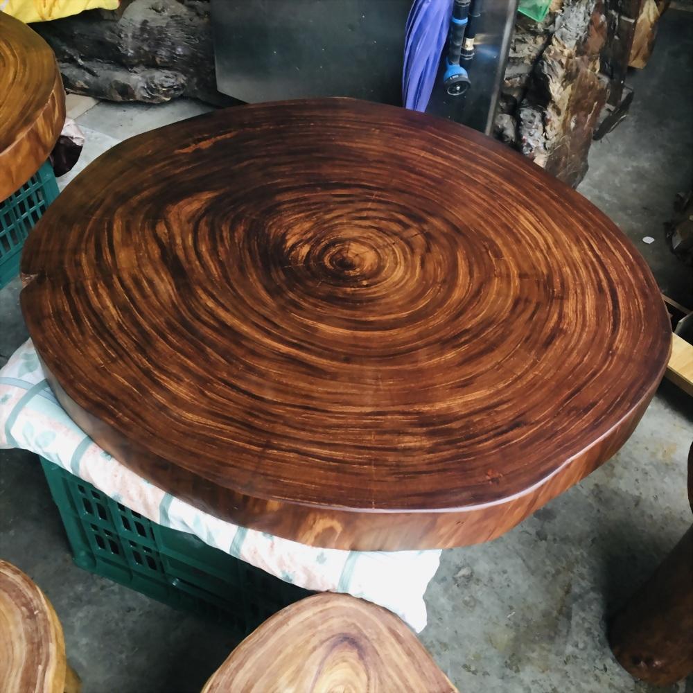 金鋼納圓桌椅組