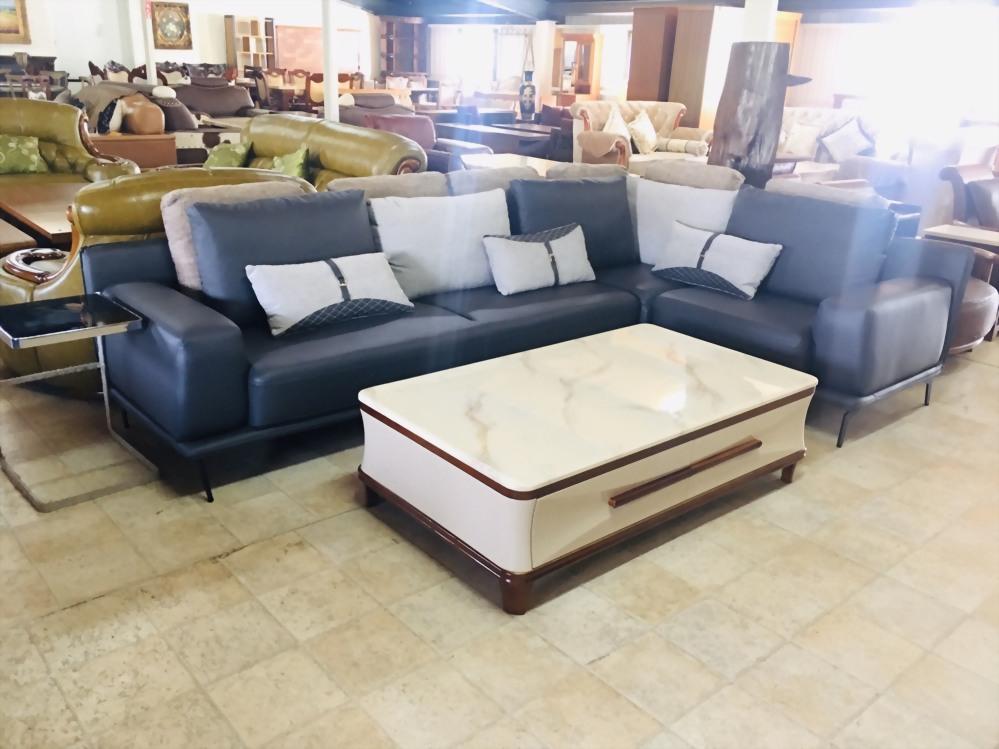 特價出清-L型乳膠皮沙發+大茶几(含抱枕)