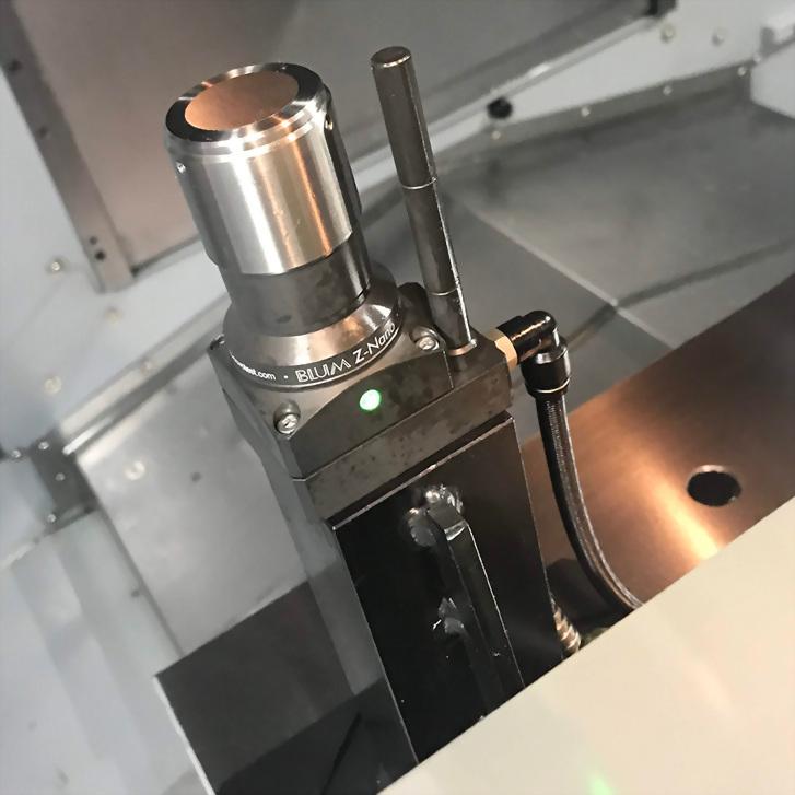 5 Axes Vertical Machining Center-UM-500