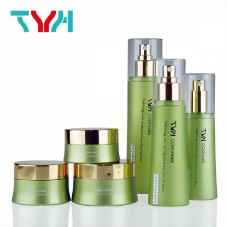 TYH Container Liquid Plastic Container with Pump Lotion and Small Cosmetic Jar Manufacturers