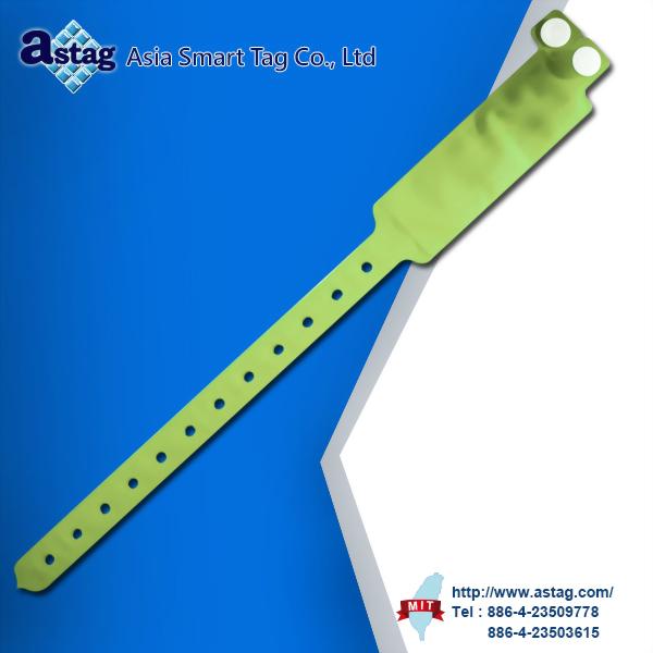 Medical vinyl wristband