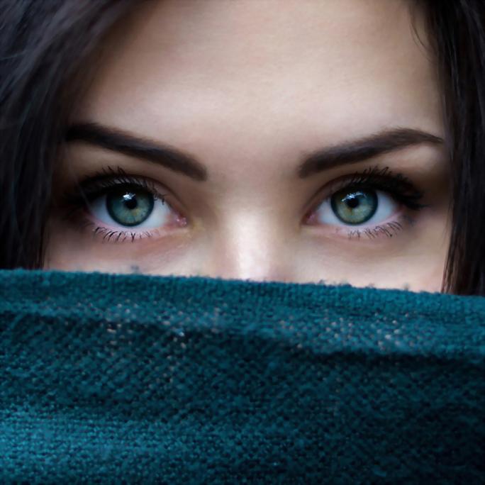 【文章】眼睛愈大愈好看?你是否也落入了的雙眼皮迷思?