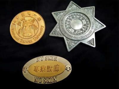 徽章, 金屬徽章, 客製化徽章(徽章製造)