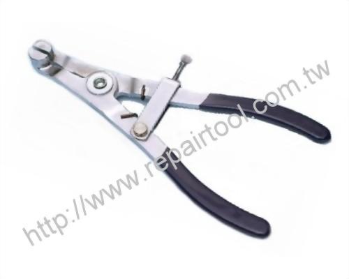 Piston Detaching Tool < for a motor vehicle>