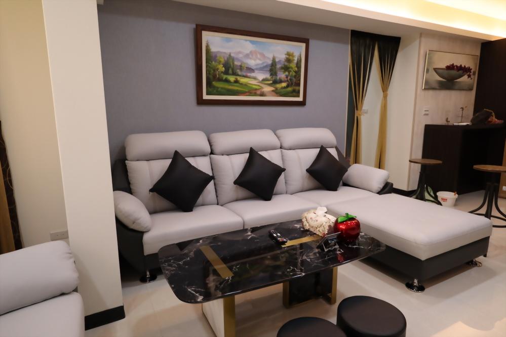 沙發背牆-2