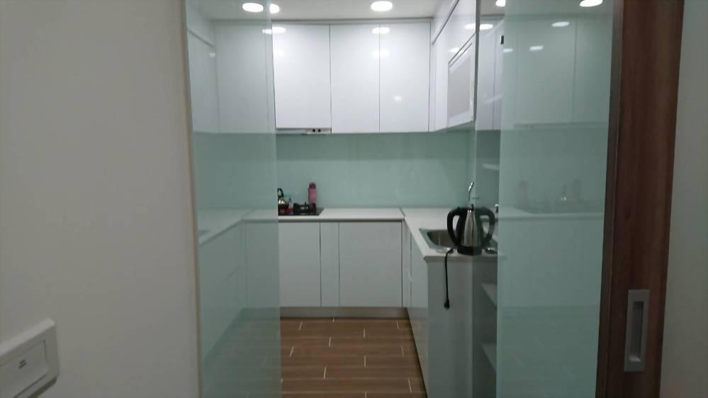 廚房壁面烤漆玻璃-2