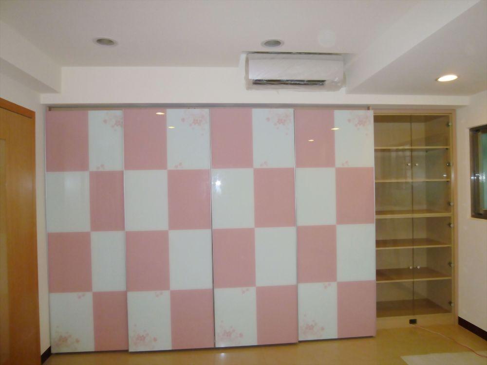 衣櫃造型烤漆玻璃