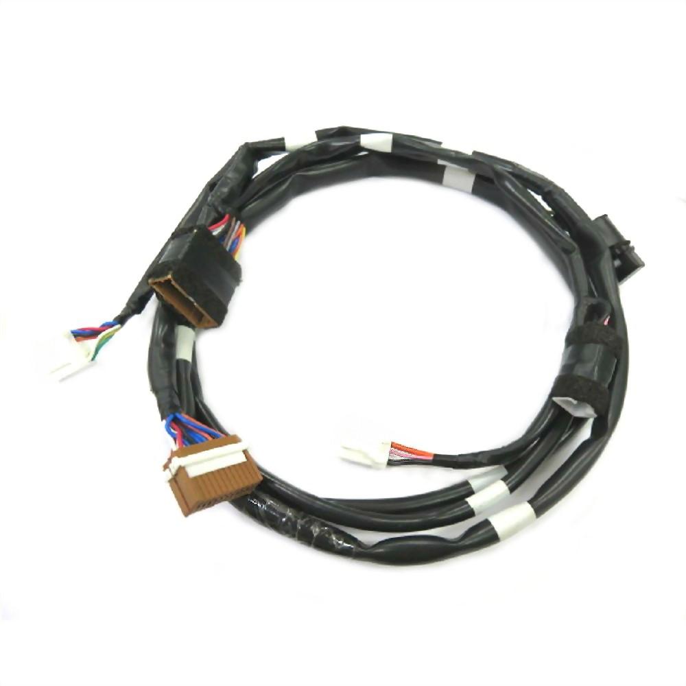 超薄型車用影音 連接線材加工